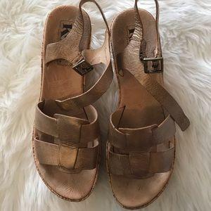 Kork Ease wedge sandal size 7
